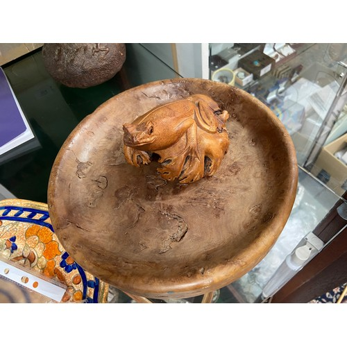 17 - A Hand carved Burr Walnut bowl with a hand carved frog sculpture on top....