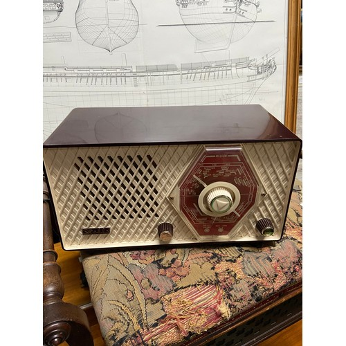 3D - A Vintage Stella medium wave radio....