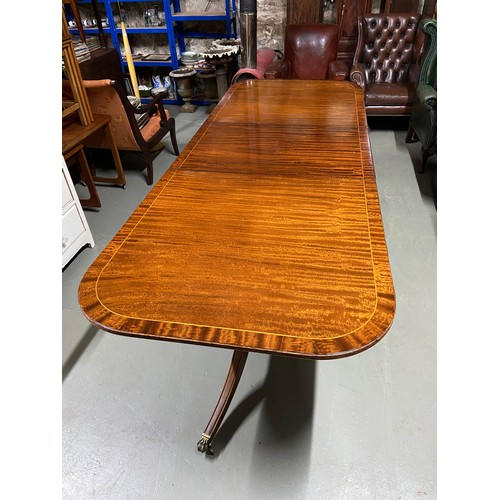 Antique Late 19th Century Gillespie Woodside Ltd Belfast Extending Dining Table Designed On Singl