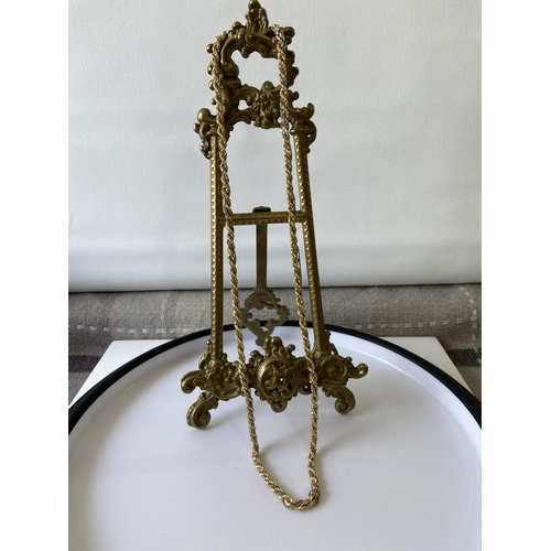 Antique Gold, Silver Jewellery and Fine Porcelain Antique Furniture, Fine Art and Fine Porcelain
