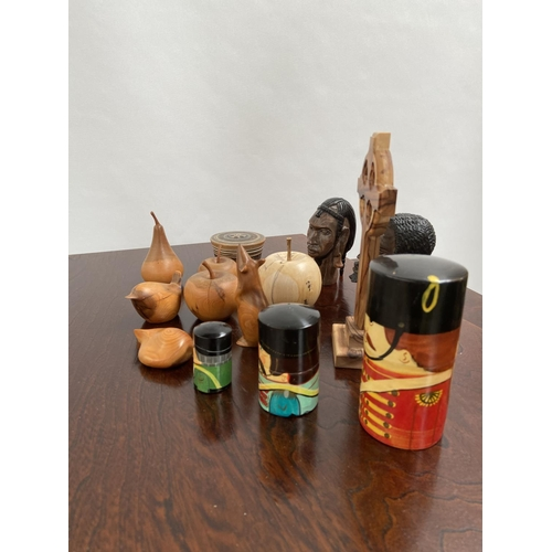 139 - A Selection of wooden carved items to include Yew wood and Spalted Beech wood....