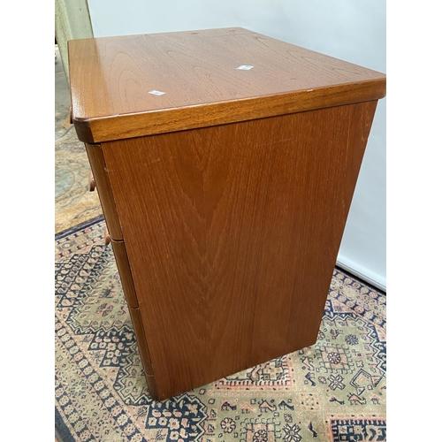 174 - A mid century 3 drawer chest [65x56x44cm]
