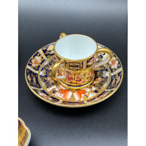 34 - 14 Pieces of Royal Crown Derby to include small tig, Dish and coffee can set [Missing cup]