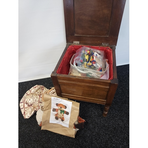 4 - Antique stained wood sewing box containing sewing accessories [44x39x39cm]