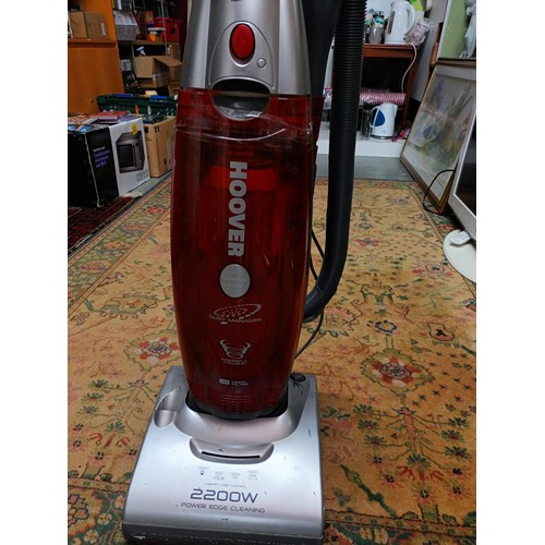 33 - Upright Hoover (working)