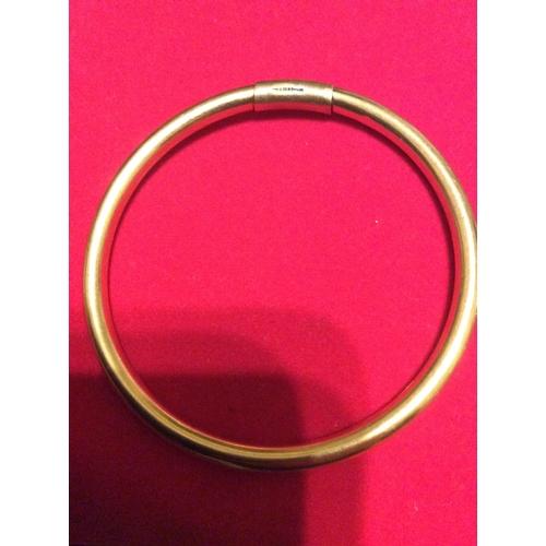 2d - 9ct gold Bracelet....