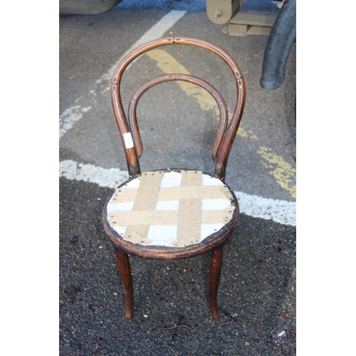 13 - ANTIQUE BENTWOOD CHILDS CHAIR...