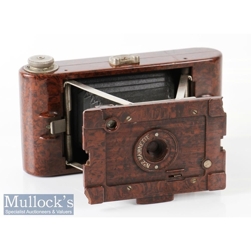 34 - Kodak No2 Hawkette folding camera a brown bakelite example for images on 120 film, shutter appears t...