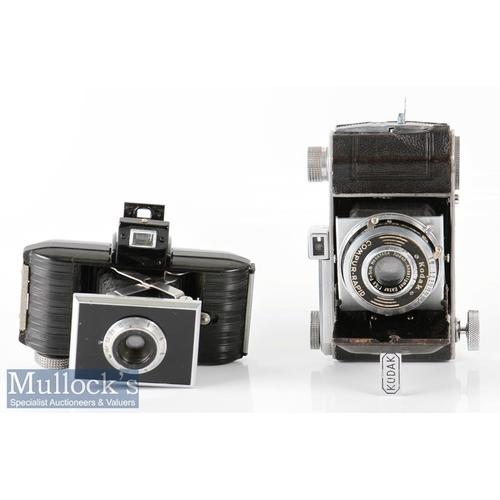 40 - Kodak Retina folding camera marked 882915 internally with Ektar f:3,5 f=50mm no 997454 and 5221214 w...