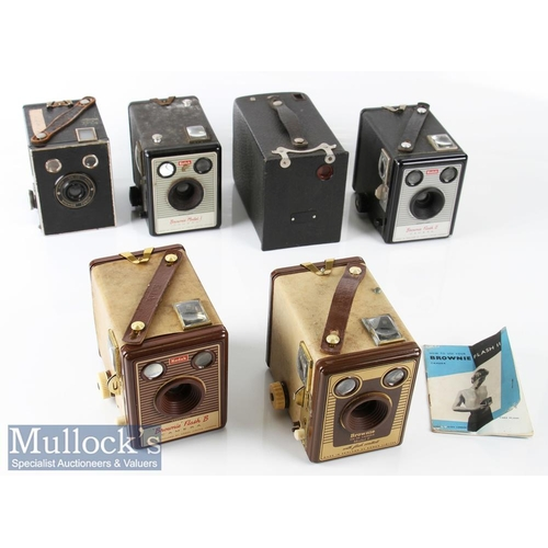 42 - Selection of Kodak Brownie Cameras to include No2 use No 120 film, Model F six-20, Flash B, Flash II...