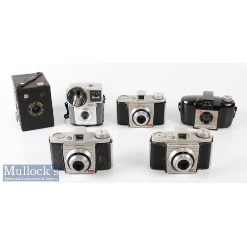46 - Selection of Vintage Kodak cameras to include a Popular Brownie box camera takes 620 film, 3x Bantam...