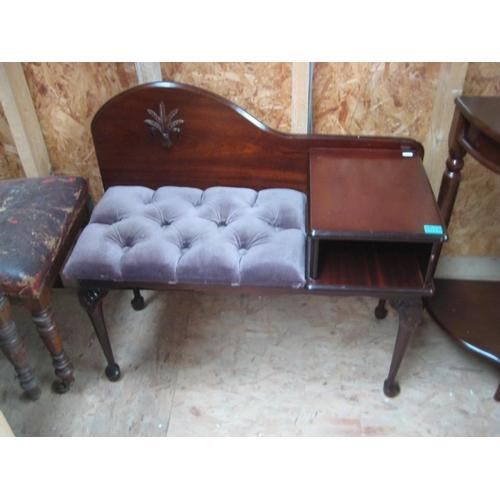 18 - Telephone Seat...