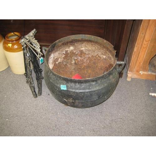 241 - Victorian Cast Iron Cooking Pot...
