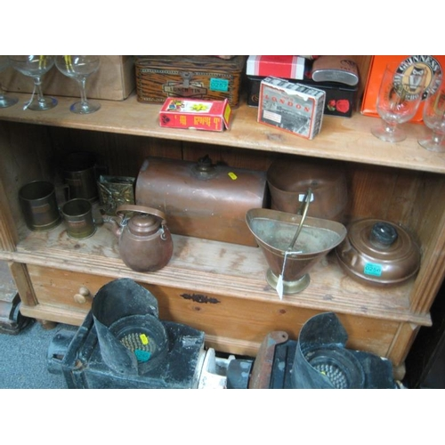 256 - Copper Foot Warmer and other items of Copper on...