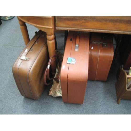 264 - 3 Vintage Suitcases and a Shoulder Bag...