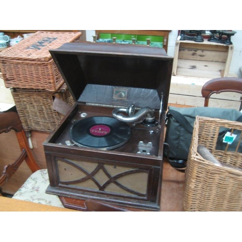 294 - Table Gramaphone...