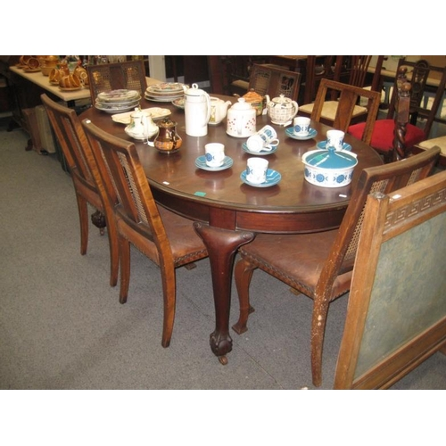 327 - Edwardian Mahogany Dining Table on Ball and...