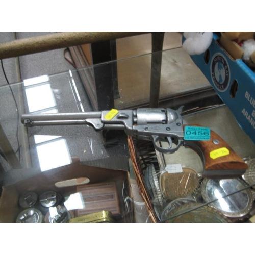 456 - Replica Handgun...