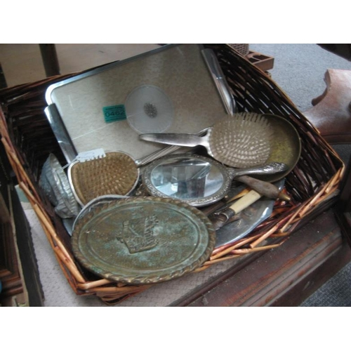 462 - Collection of Silver Plated ware, Jelly Moulds,...