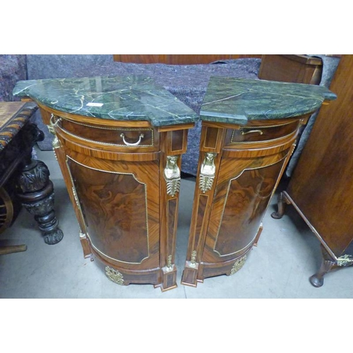 43 - PAIR CONTINENTAL MARBLE TOPPED MAHOGANY & WALNUT CORNER BEDSIDE CABINETS WITH GILT METAL MOUNTS & PA...