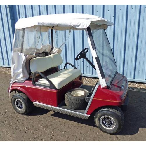 1000 - INGERSOLL-RAND CLUB CAR GOLF BUGGY WITH PETROL ENGINE...