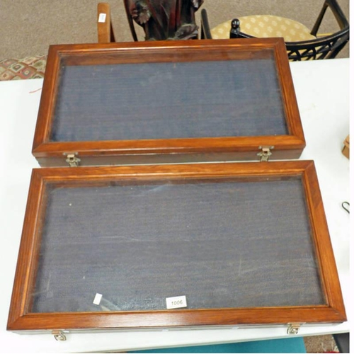 1006 - 2 MAHOGANY & GLASS TABLE TOP DISPLAY CASES  -2-...