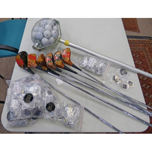 1041 - SELECTION OF GOLF CLUBS TO INCLUDE MACGREGOR 1 WOOD, MACGREGOR 3, TONEY PENNA ETC AND A SELECTION OF...