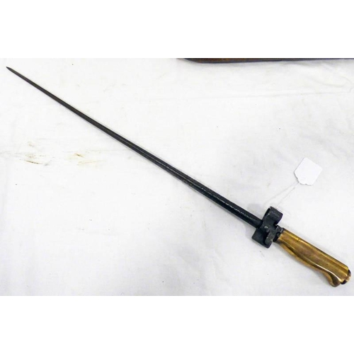 1057 - FRENCH M1886/93/16 LEBEL BAYONET WITH 51.8CM LONG BLADE AND BRASS GRIP...