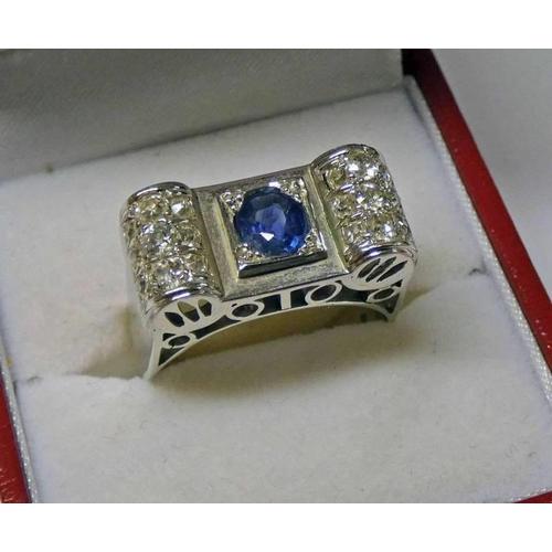 17 - FRENCH ART DECO STYLE SAPPHIRE & DIAMOND SET RING