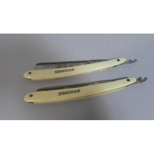 15 - An Oak Cased Pair of Kropp Razors,
