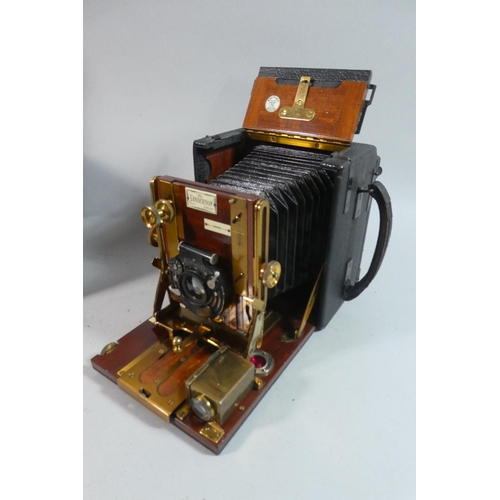 38 - A Good 19th Century Mahogany Cased Sanderson Plate Camera,