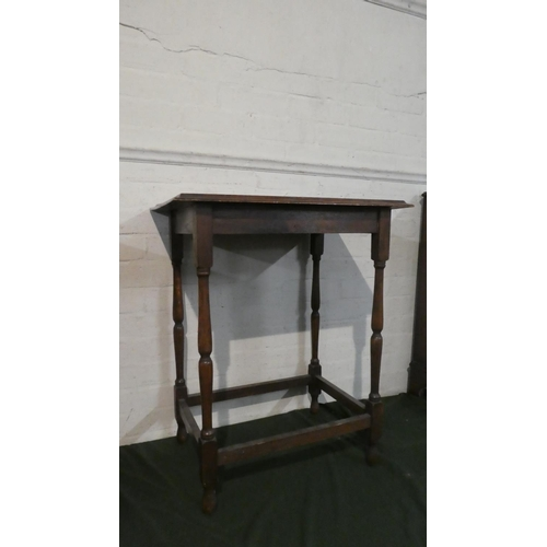 48 - An Edwardian Oak Rectangular Topped Occasional Table with Turned Supports, 60cm Wide...