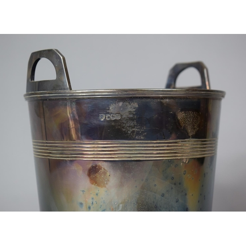 92 - A Large Heavy Silver Champagne Ice Bucket, Sheffield Hallmark, 18cm diameter, 1374g...
