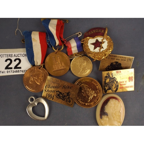 22 - Mixed lot comprising medals, coins and badges etc...