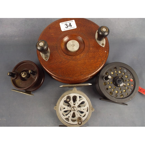 34 - collection of vintage and modern fishing reels...
