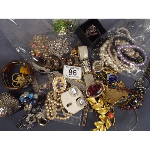 96 - Aprox one kilo of high quality costume jewellery...