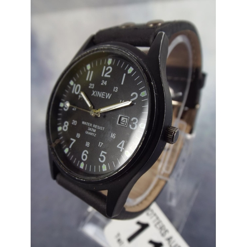 119 - Water resistant quartz watch in working order...