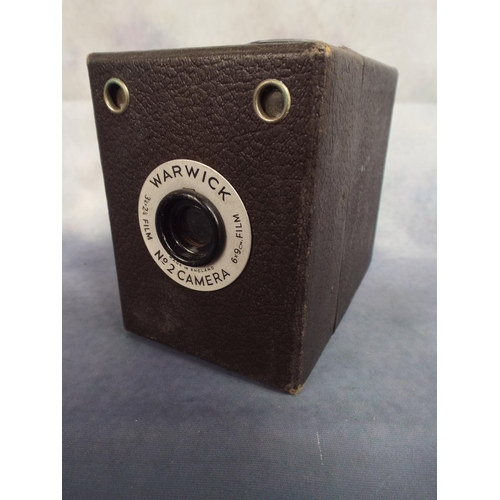 122 - Vintage Warwick box camera with original case...