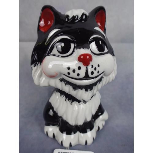 156 - Lorna Bailey Tex the cat...