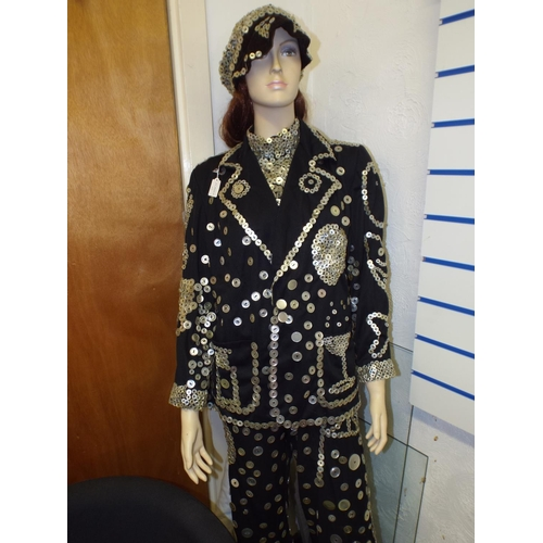 173 - Cockney pearly queen suit...