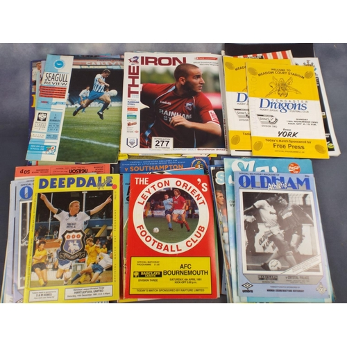 277 - Tray of assorted football programmes & magazines...