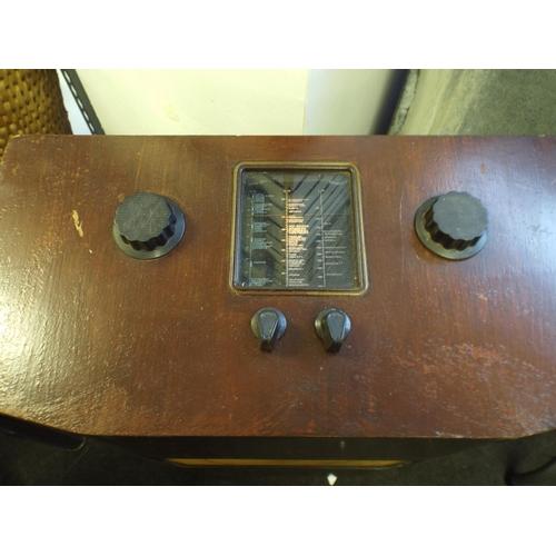 333 - Vintage floor standing radio...