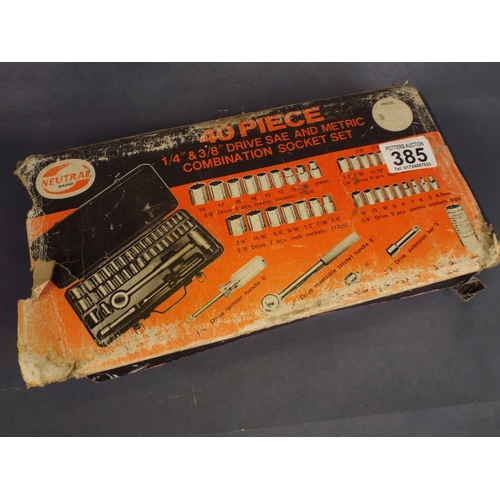 385 - 40 pce 1/4  & 3/8ths drive socket set...
