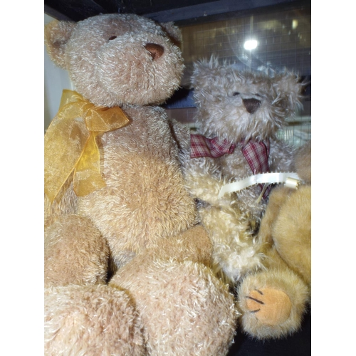 439 - Three teddy bears...