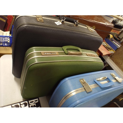 471 - Three vintage suitcases...