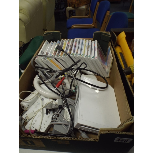 480 - Selection of Wii games & hardware...
