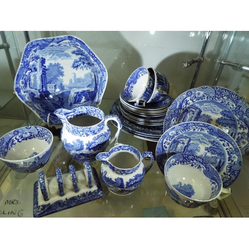 11 - Selection of Copeland Spode in the Italian pattern...