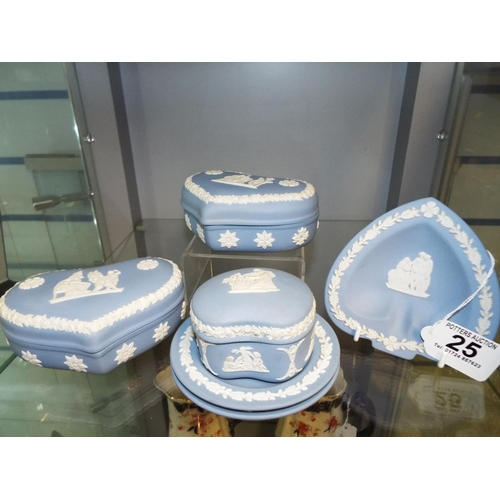 25 - Small selection of Wedgwood Jasperware....