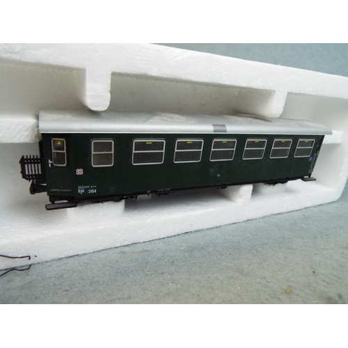 22 - Roco 'N gauge' Pro standard class coach. Boxed and unused....