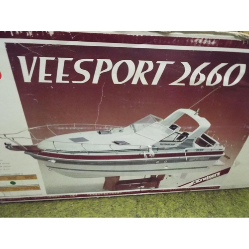 12 - V Sport 2660 remote control cabin cruiser with original (tatty box) Believed to be complete but with...
